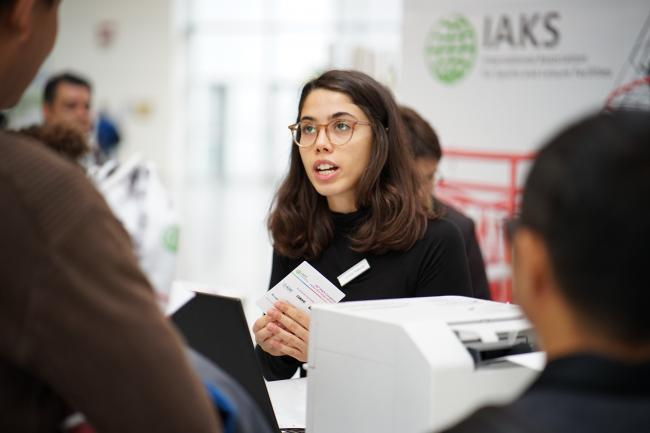 IAKS Congress 2019_at the counter.JPG
